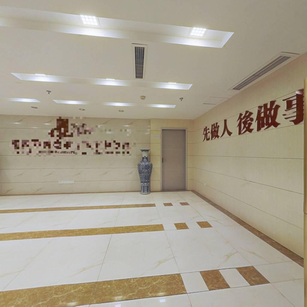 国际社区首钻 8室0厅 东南