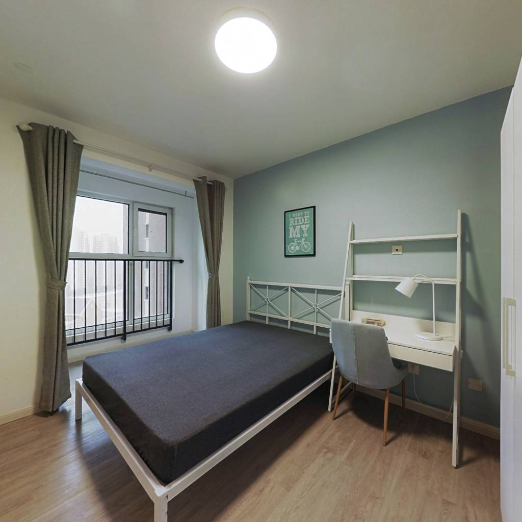 合租·首创暖山 3室1厅 南卧室图