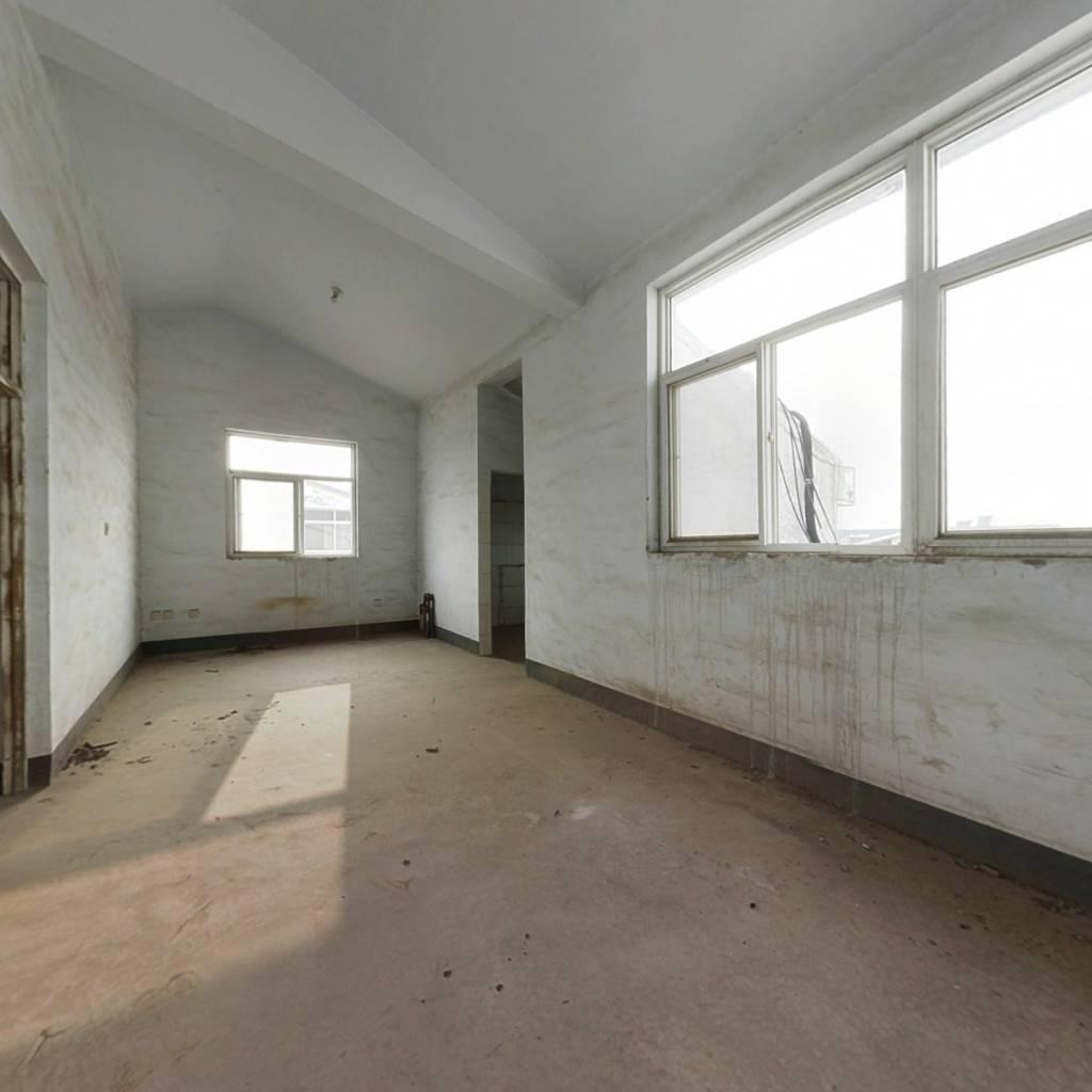 凯泰庄园的房子·单价便宜·户型好·诚心出售