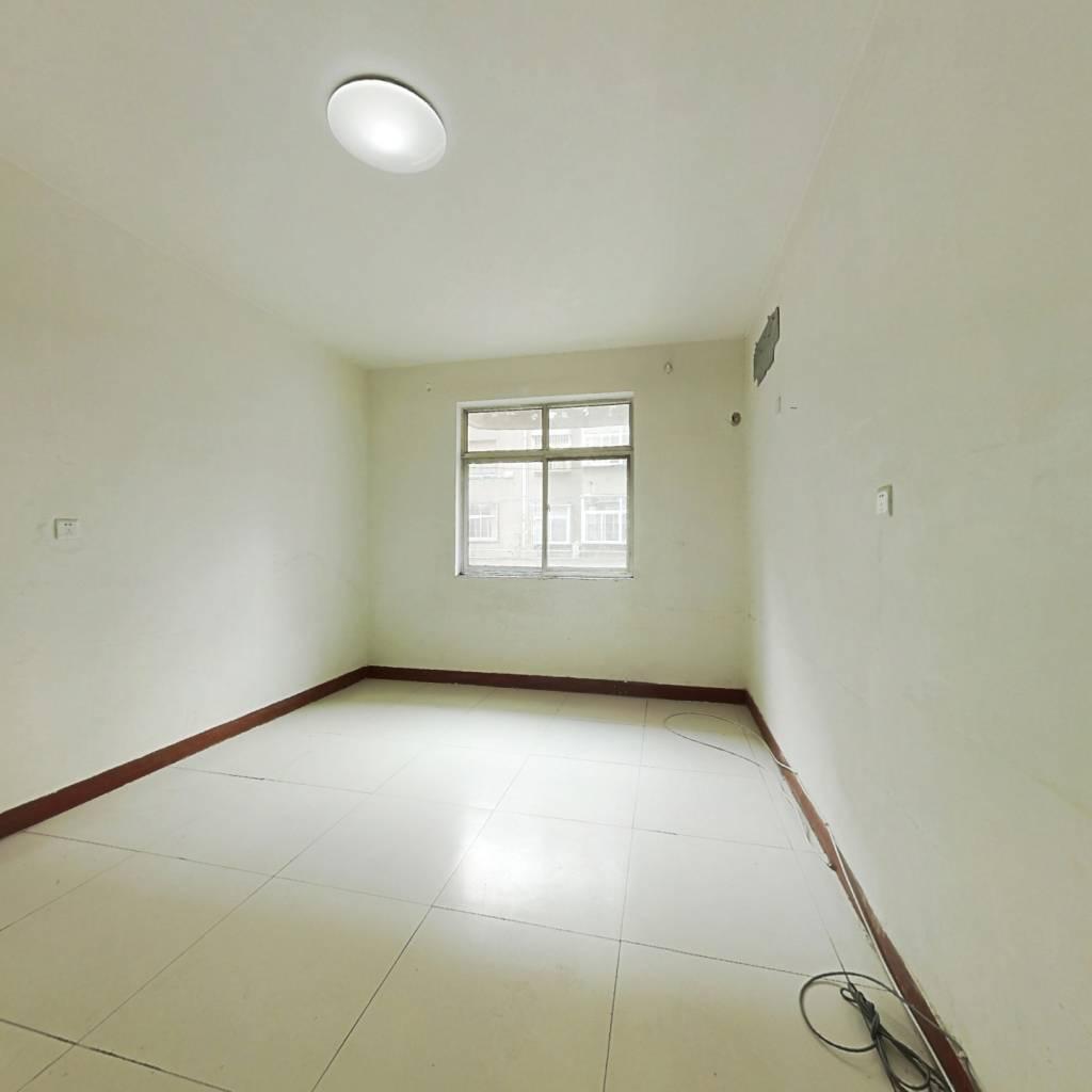 木材厂宿舍  低楼层 两室朝阳 有小房