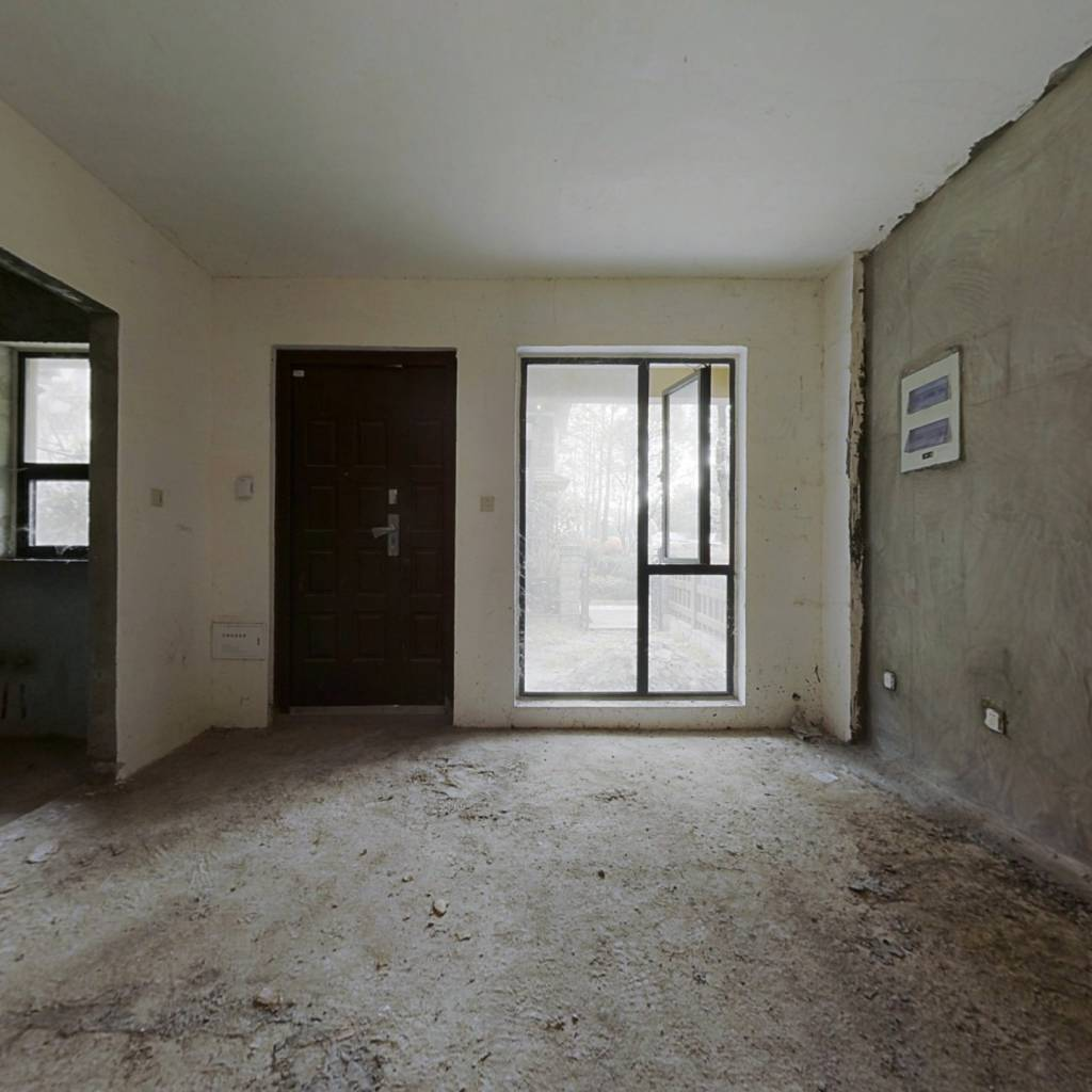 青霞山水卡伦德拉小镇 2室2厅 86万