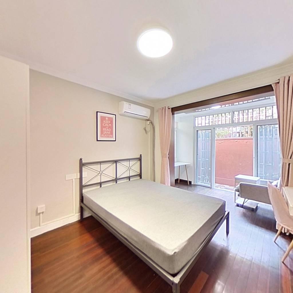 合租·沪江新苑 3室1厅 南卧室图