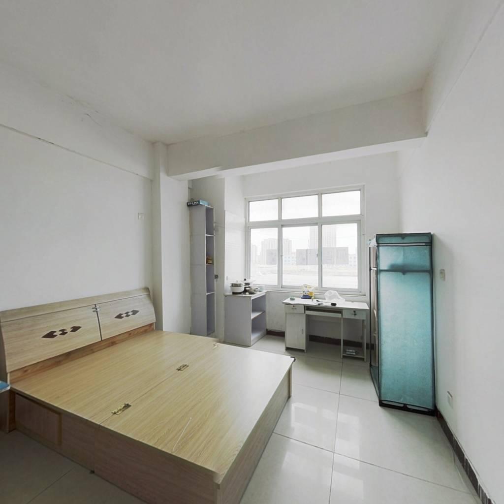 五洲国际,一室一厅,采光充足,配套设施齐全。