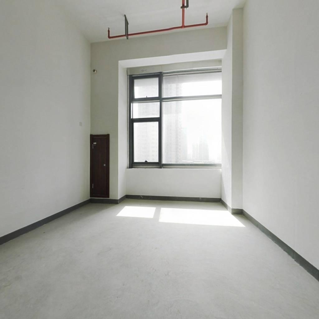 龙湖舜海府 40年产权 复式公寓出售