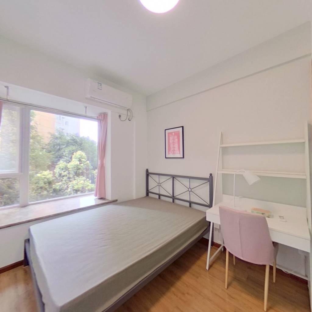 合租·中房蓝水湾 4室1厅 北卧室图
