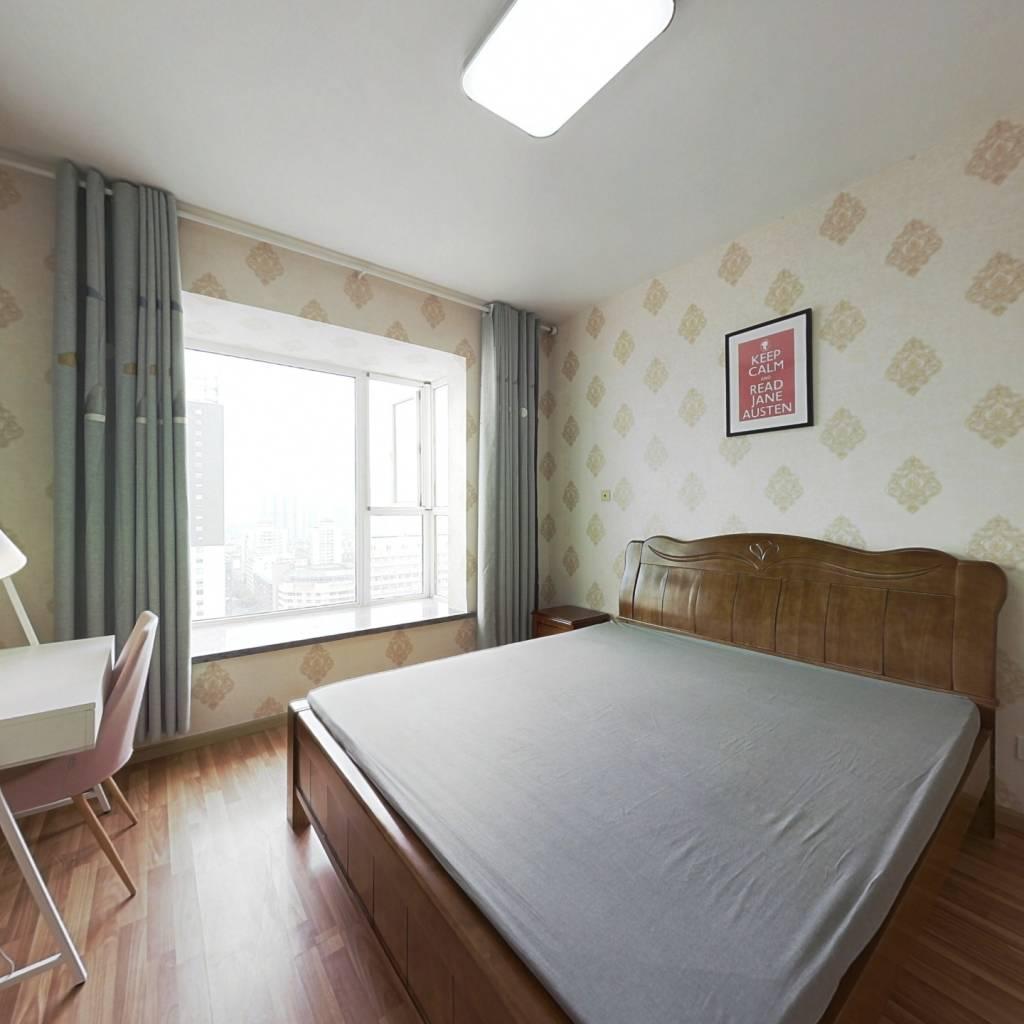 合租·童子街庭苑 4室1厅 南卧室图