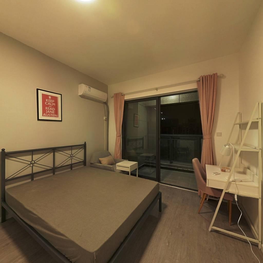 合租·中港CCPARK 4室1厅 西南卧室图