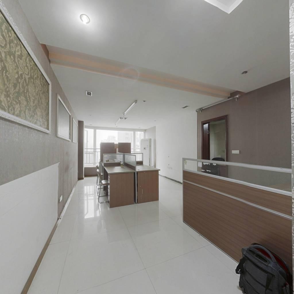 整租·金科蚂蚁 3室1厅 跃层 东南