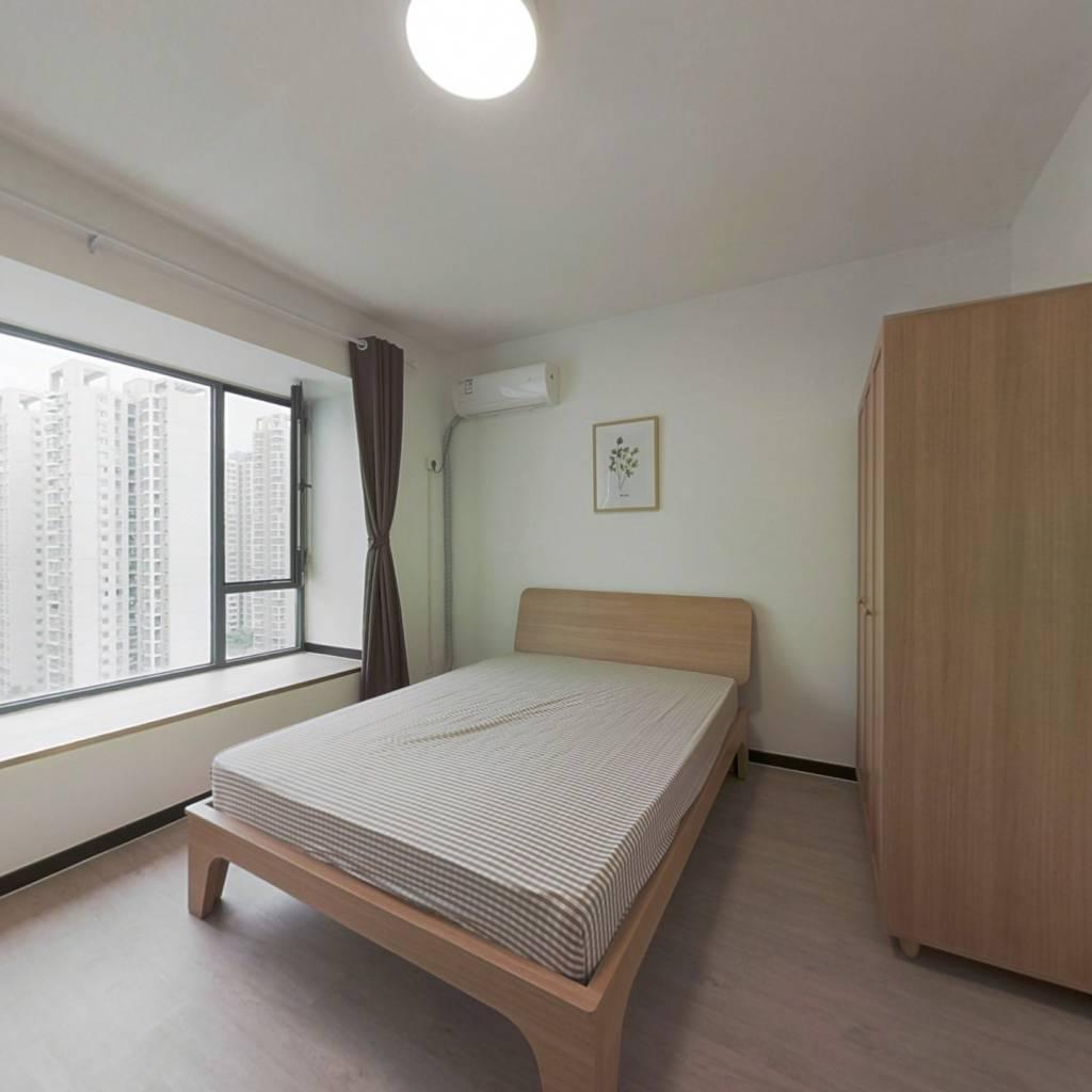 合租·东苑F区 4室1厅 东卧室图