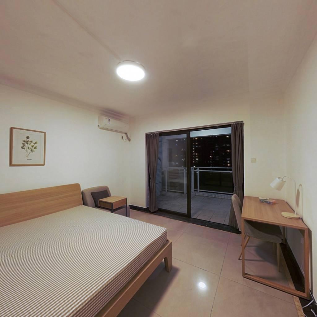 合租·光大花园榕岸 4室1厅 北卧室图