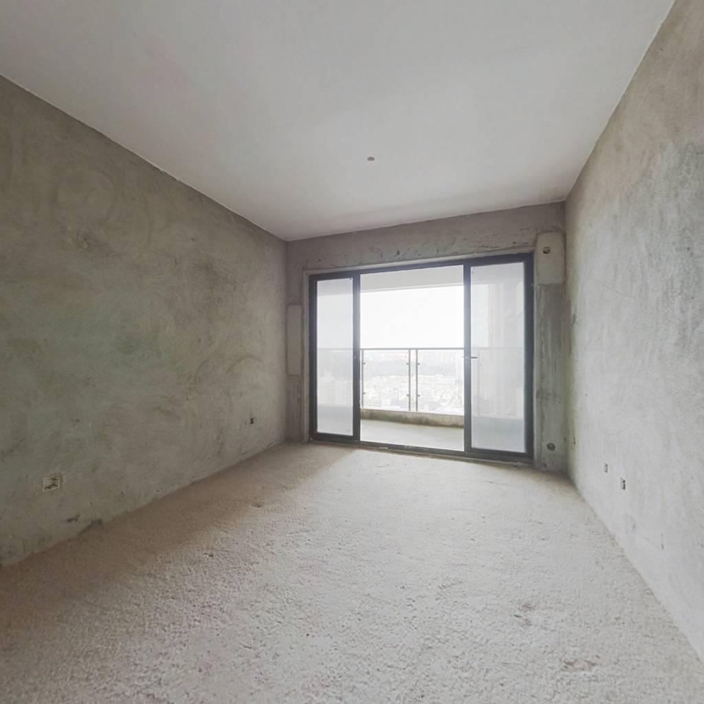 德丰凯旋城北区 3室2厅 92万