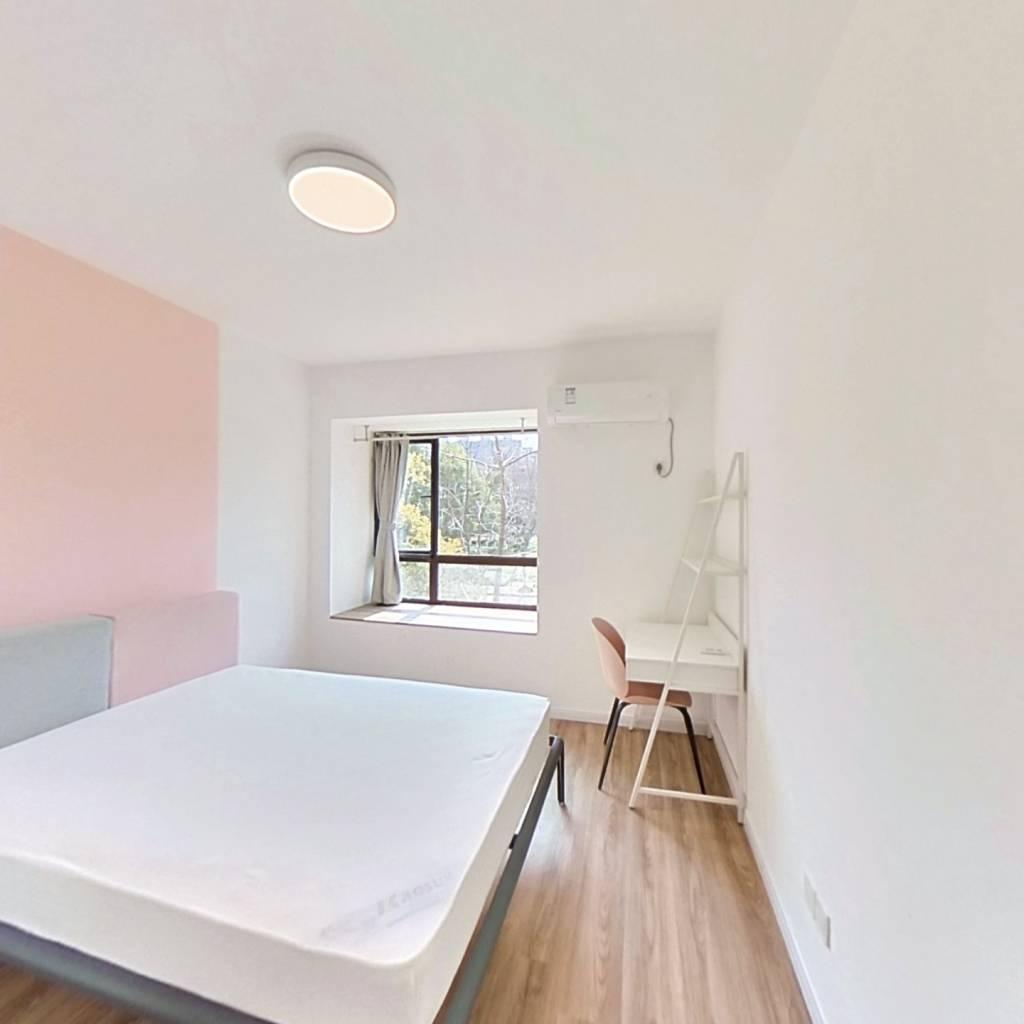合租·圣奥领寓 4室1厅 南卧室图