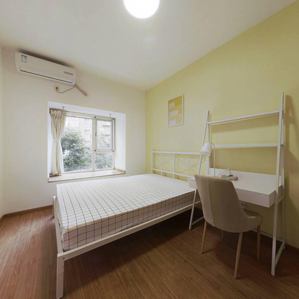 合租·南城都汇汇雅园二期 4室1厅 北卧室图