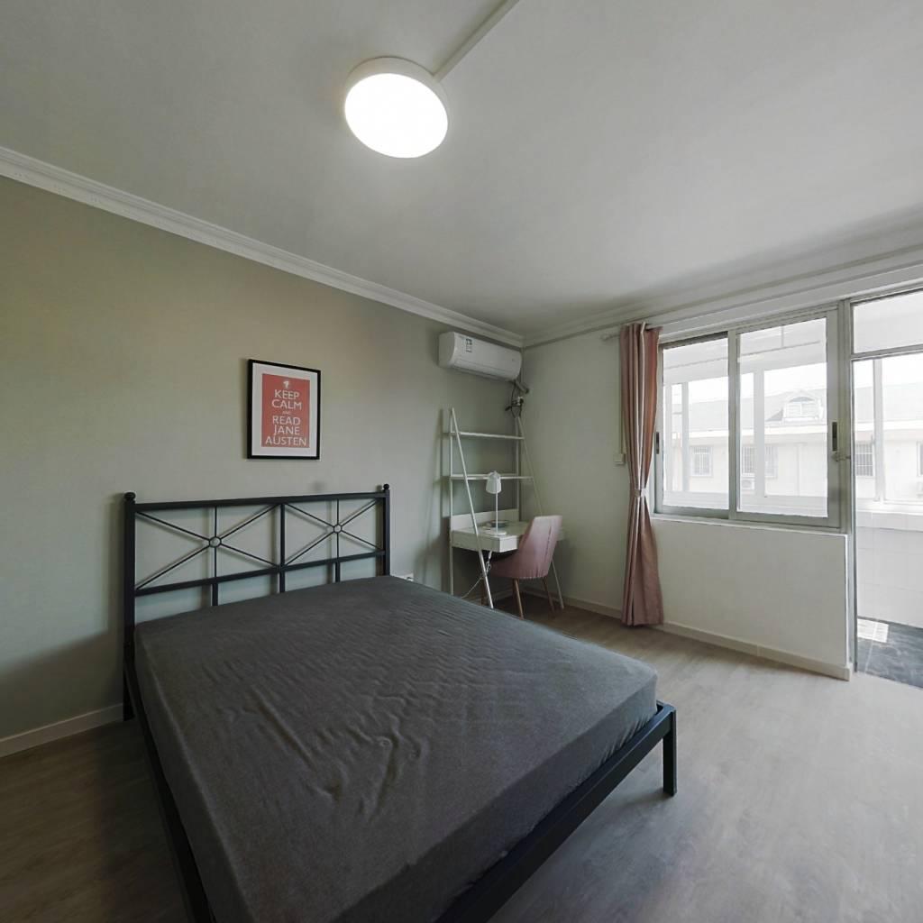 合租·白杨小区 3室1厅 南卧室图