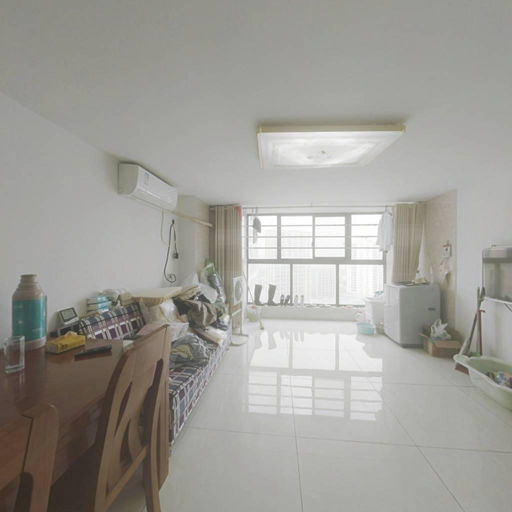 缤悦湾公寓 精装2房 品牌家具家电 房东诚心出售