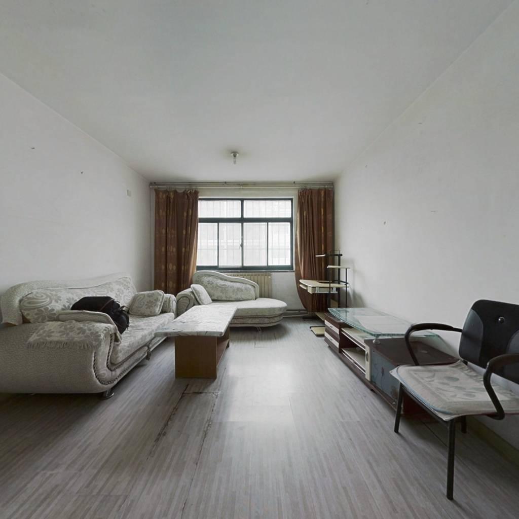 南北通透宽阔两居 房屋使用面积大 得房率高