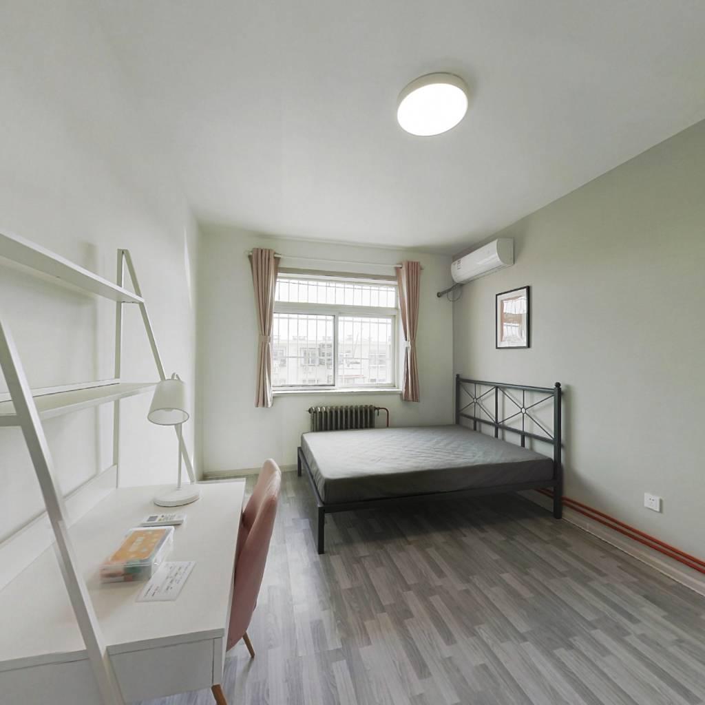合租·宜宾西里 2室1厅 北卧室图