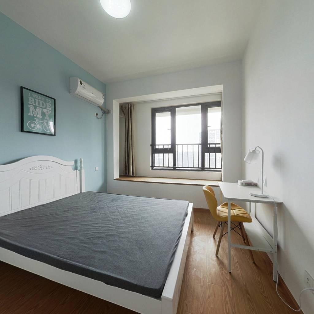 合租·上实海上海 5室1厅 南卧室图