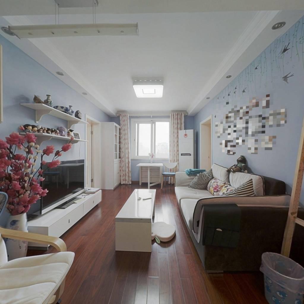 三林板块前滩+11号线地铁+ 精装修两房+ 高区视野开阔