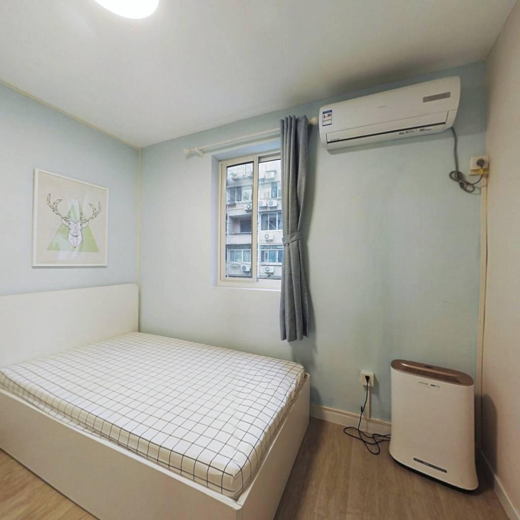 整租·龙南三四村 2室1厅 南卧室图