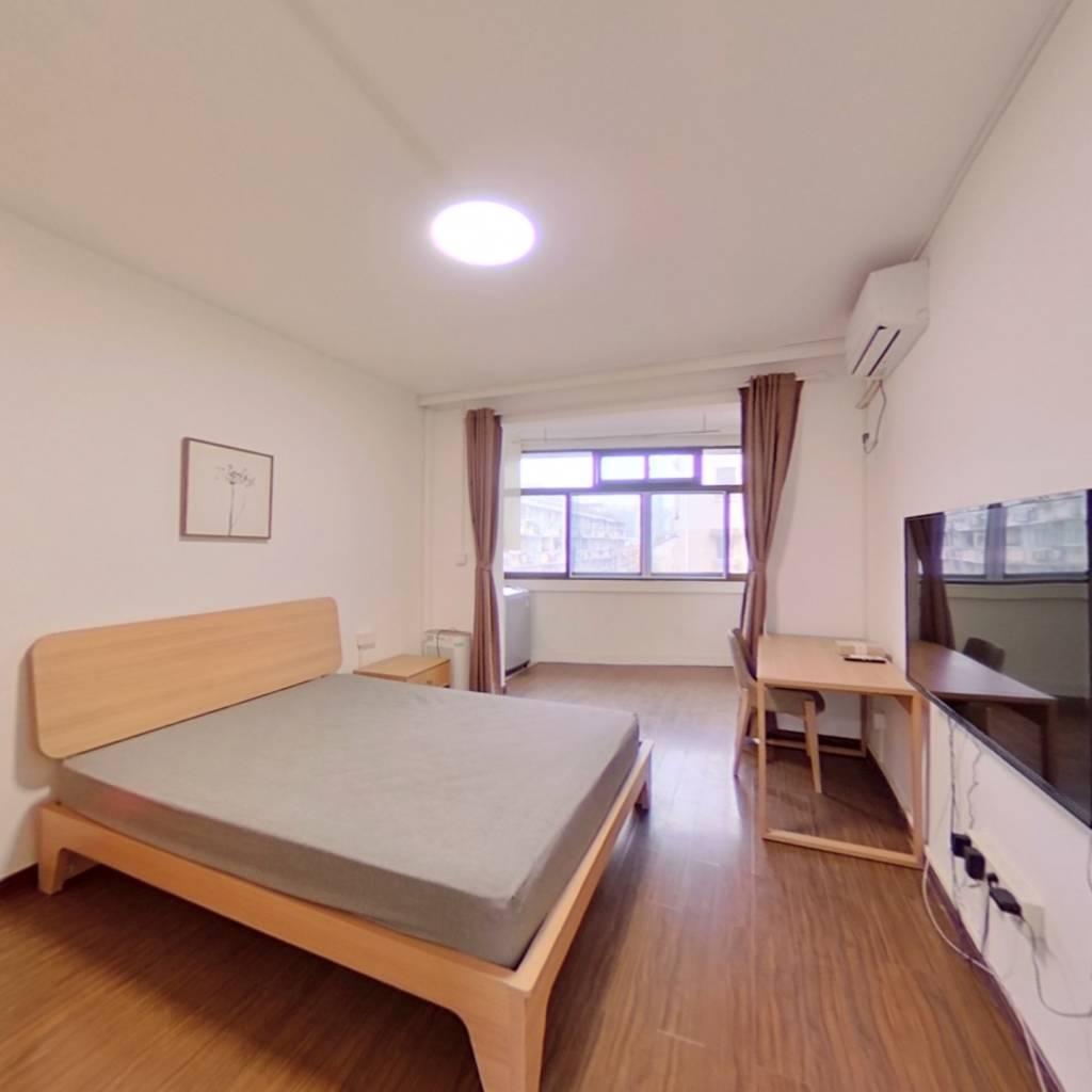 整租·双辽路155弄 1室1厅 东北卧室图