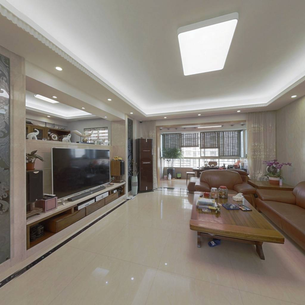 洲际4房业主出售 采光充足通风效果好,视野开阔