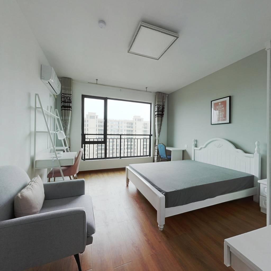 合租·中国铁建江南国际城 5室1厅 南卧室图