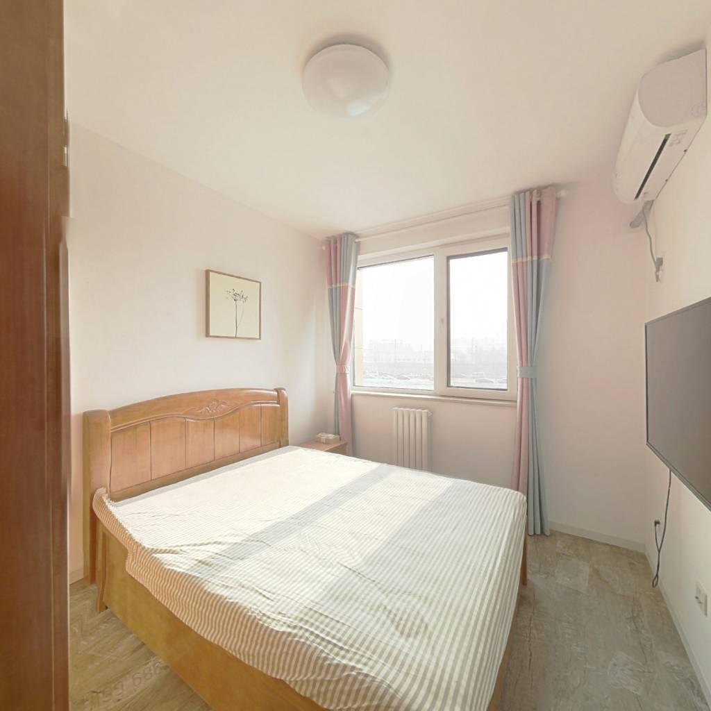整租·亚林西居住区 2室1厅 南卧室图