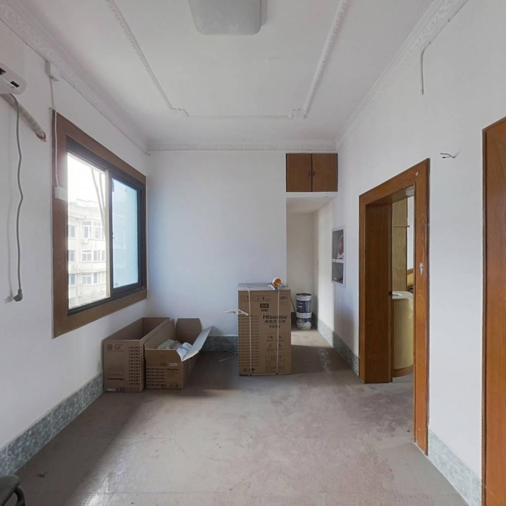中国水电八局南托基地小区 2室1厅 南