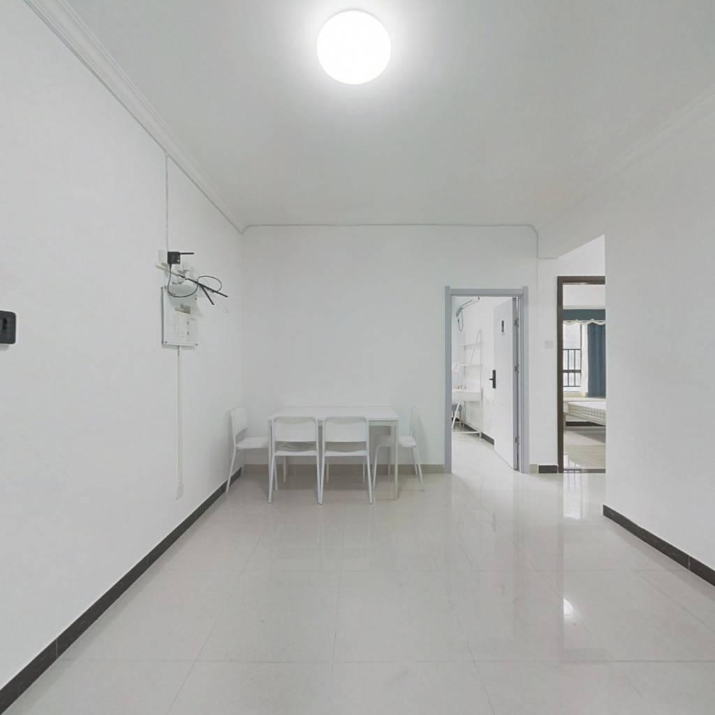 合租·新泰小区 4室1厅 北卧室图