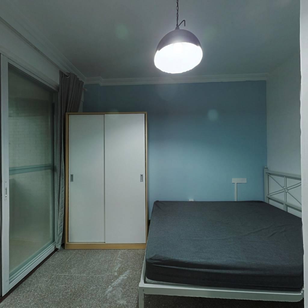 合租·紫荆小区 3室1厅 南卧室图