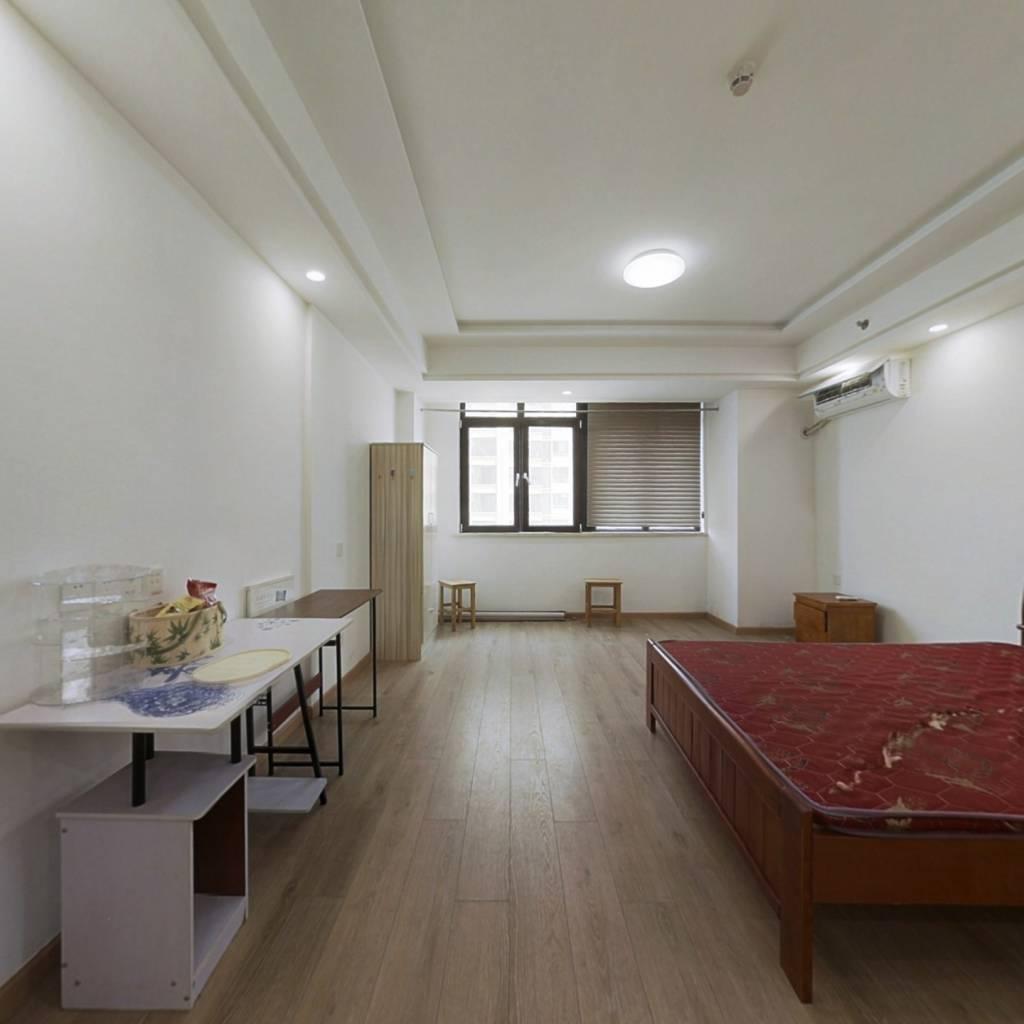 总价低的单身公寓,有钥匙随时看房