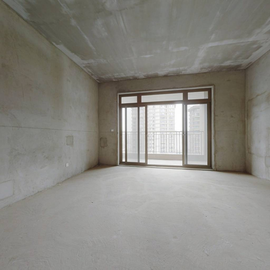 房子好不好,看了才知道。雅居乐四室大平层。