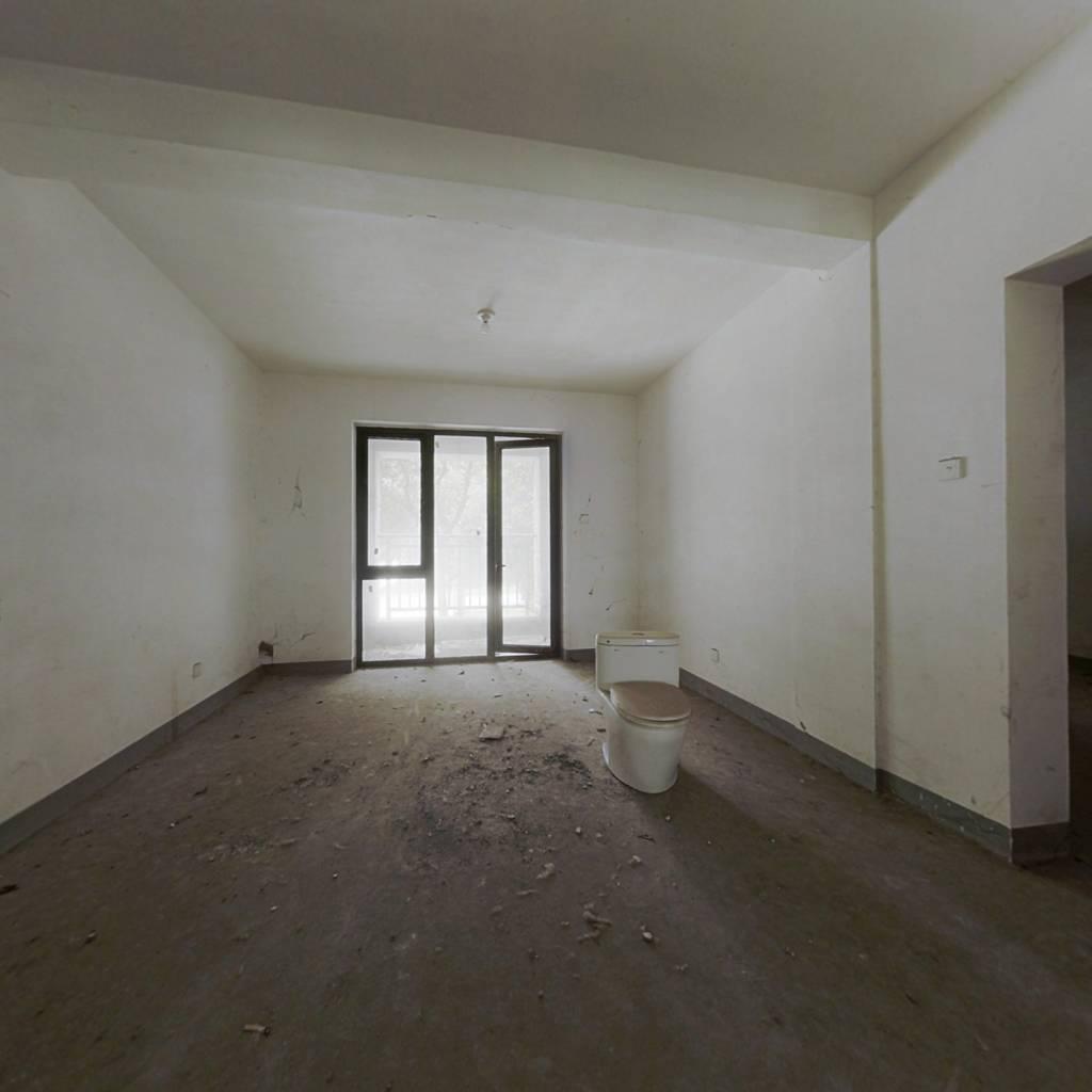 中山御庭 2室2厅 712万
