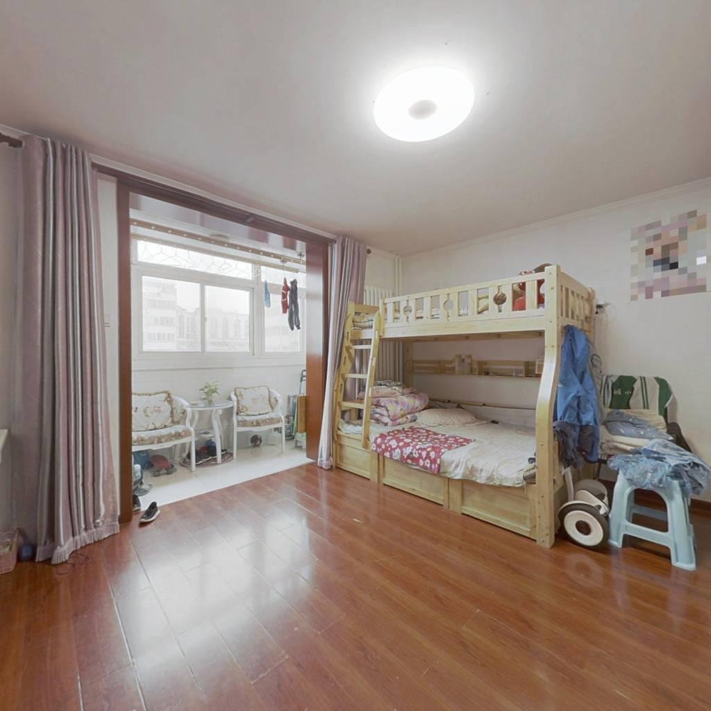 紫金庄园高楼层两居室,不临街不遮挡