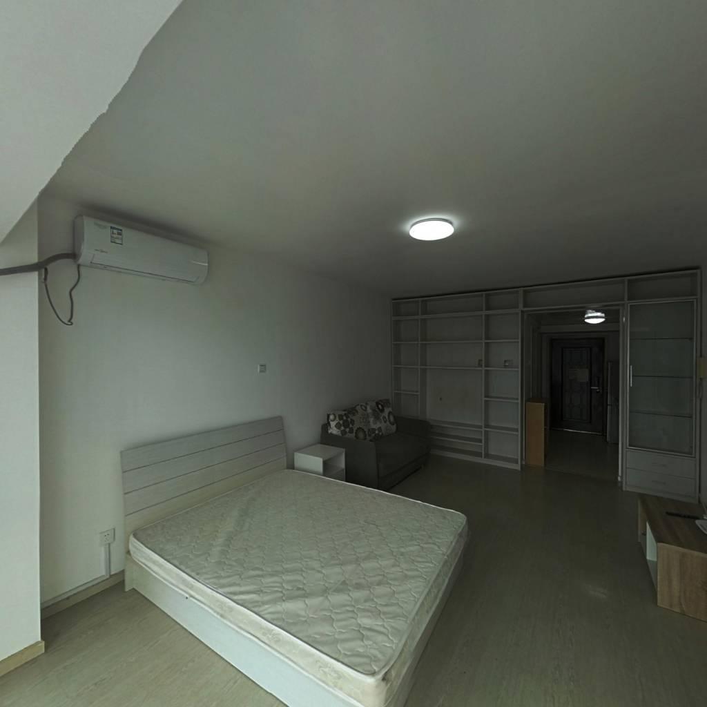 整租·远见名苑 1室1厅 东卧室图