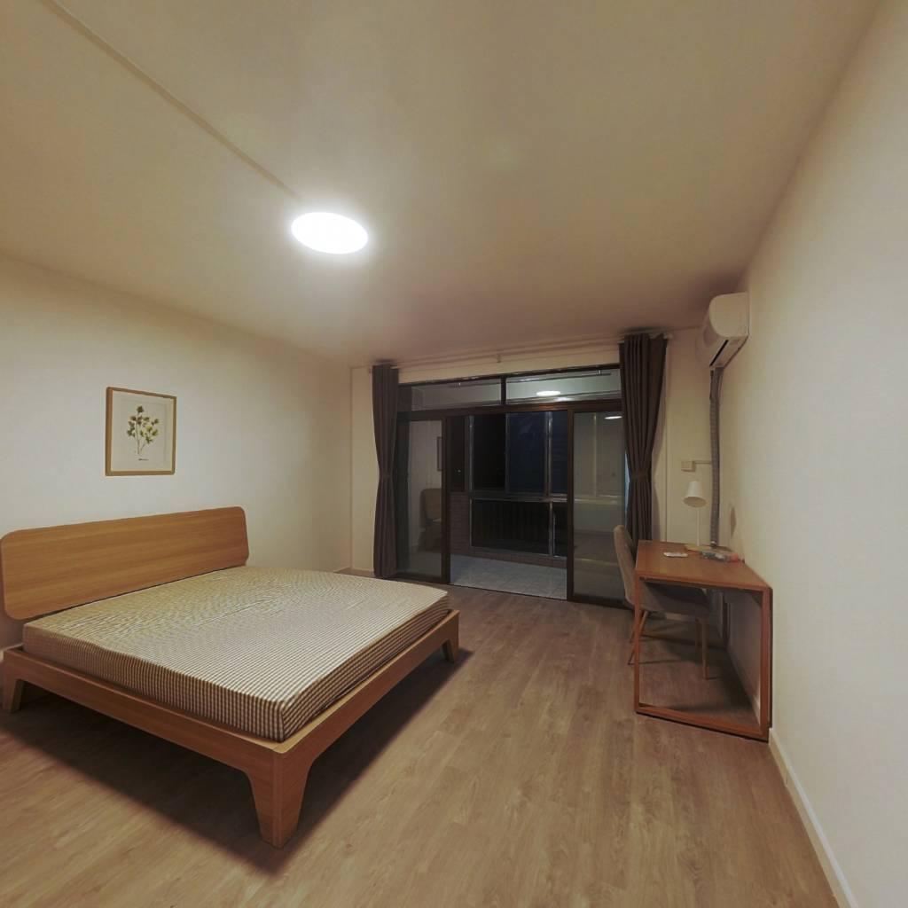 合租·洪山花苑 3室1厅 北卧室图