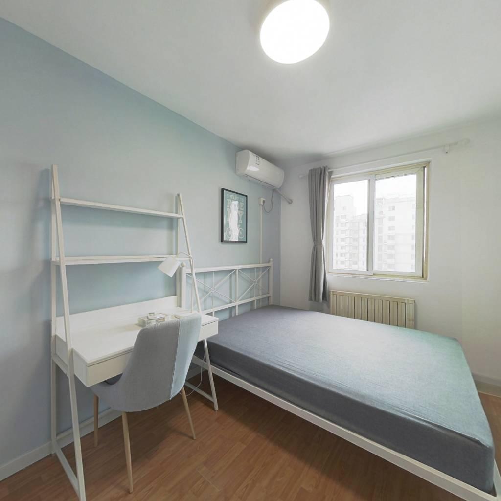 合租·东风家园 3室1厅 南卧室图