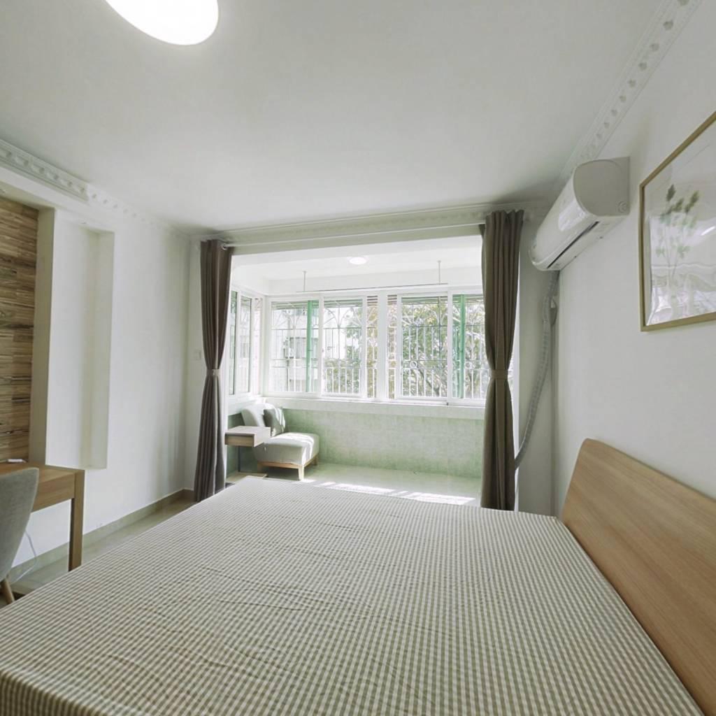 合租·新光活力小区 4室1厅 东卧室图