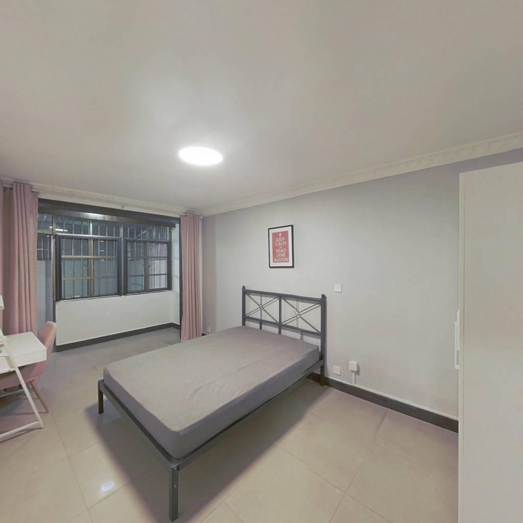 合租·潼港八村 3室1厅 南卧室图