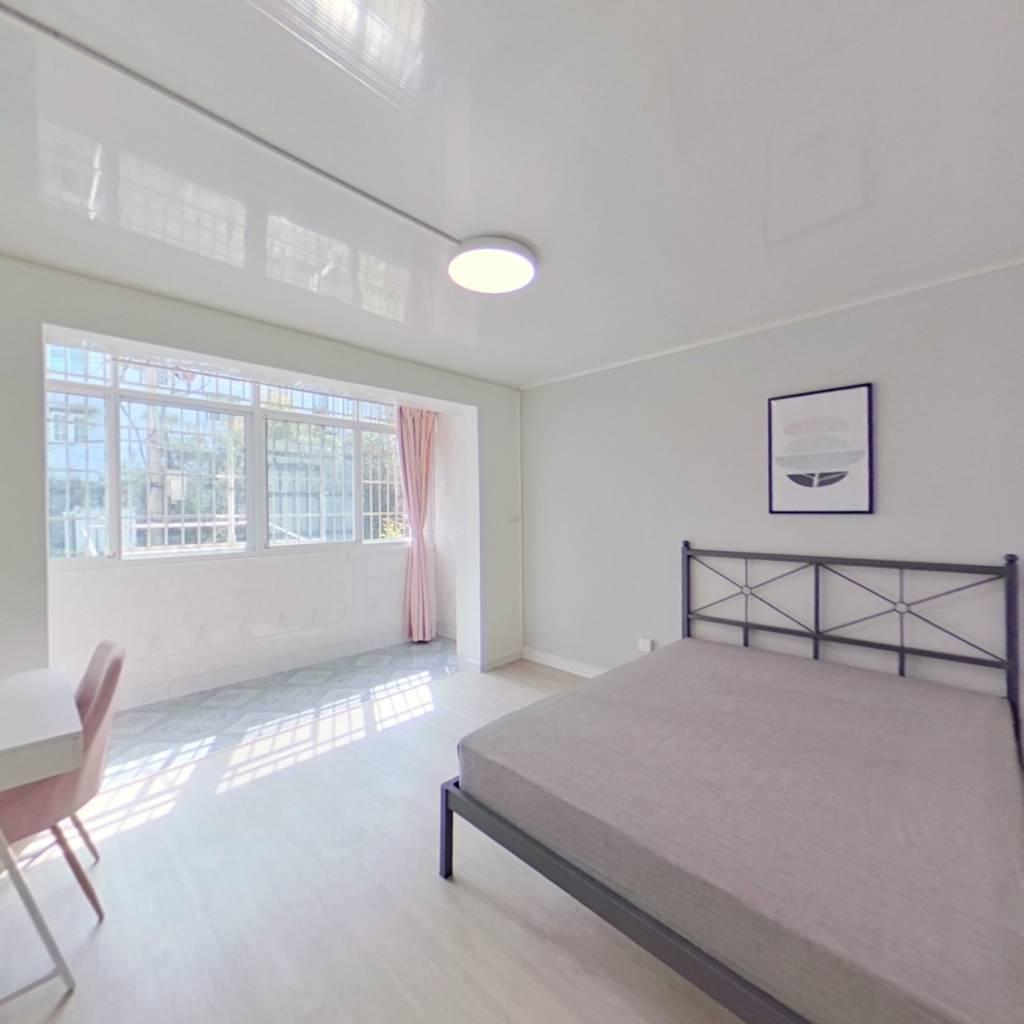 合租·吴家湾路101弄 3室1厅 南卧室图