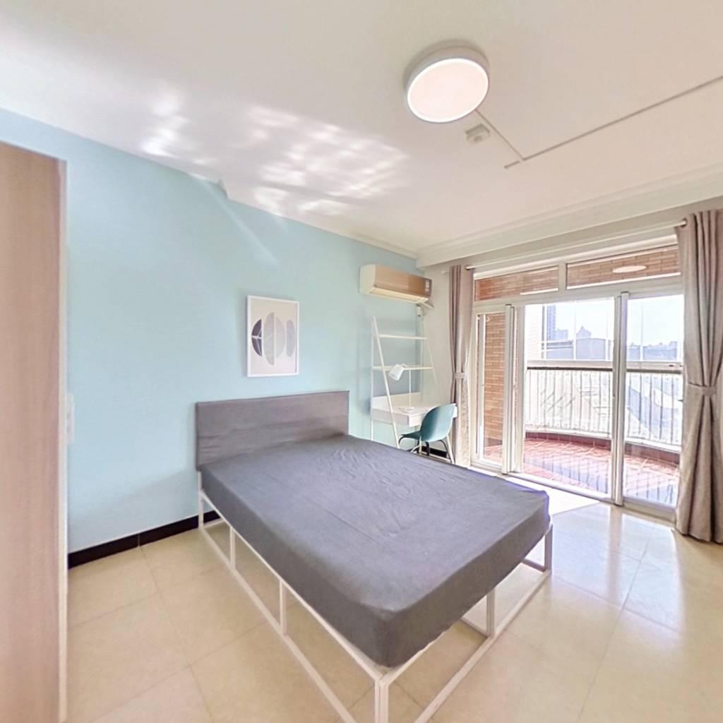 合租·地铁明珠苑 3室1厅 南卧室图