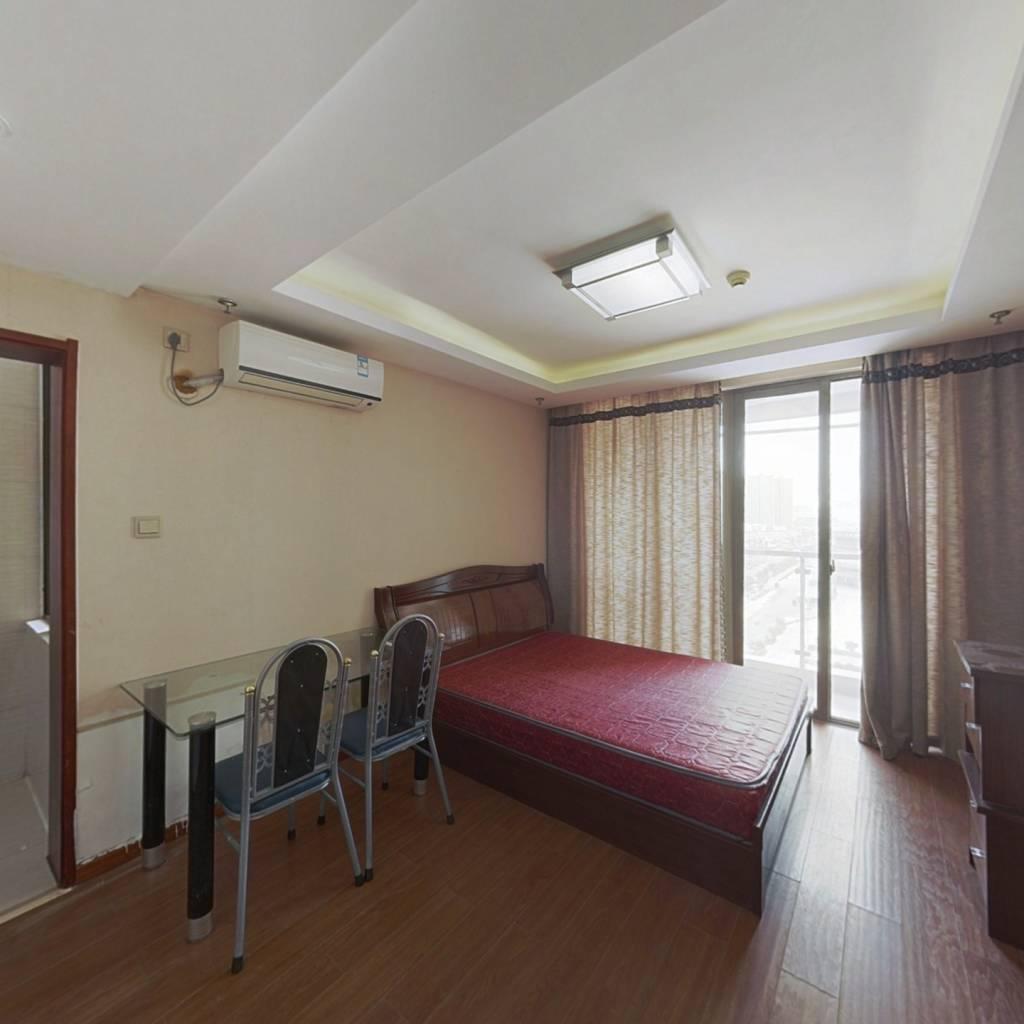梦想公寓套间 房东诚心售 可拎包入住