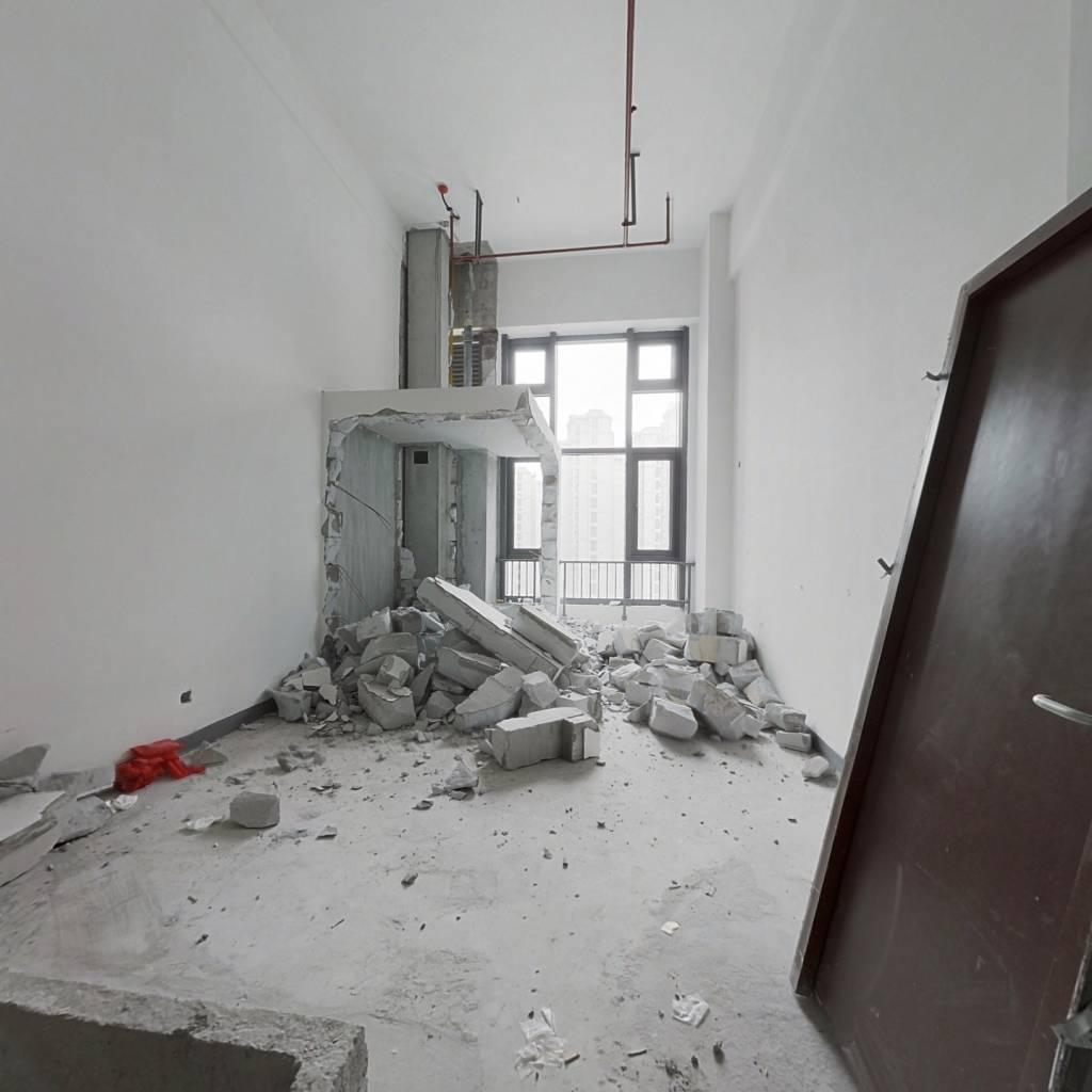 立体城汇江庭公寓50平  LOFT2层 总价低