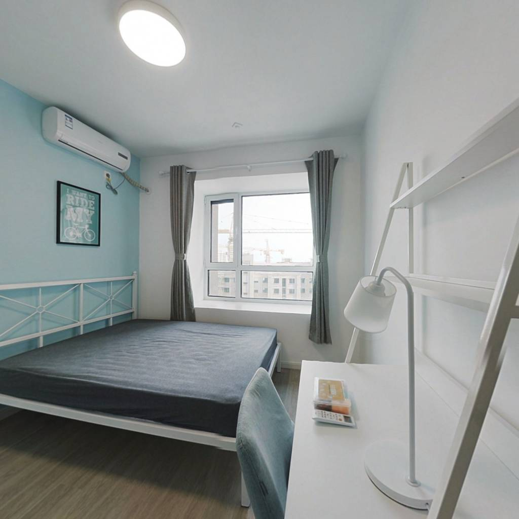合租·融泰城 4室1厅 南卧室图