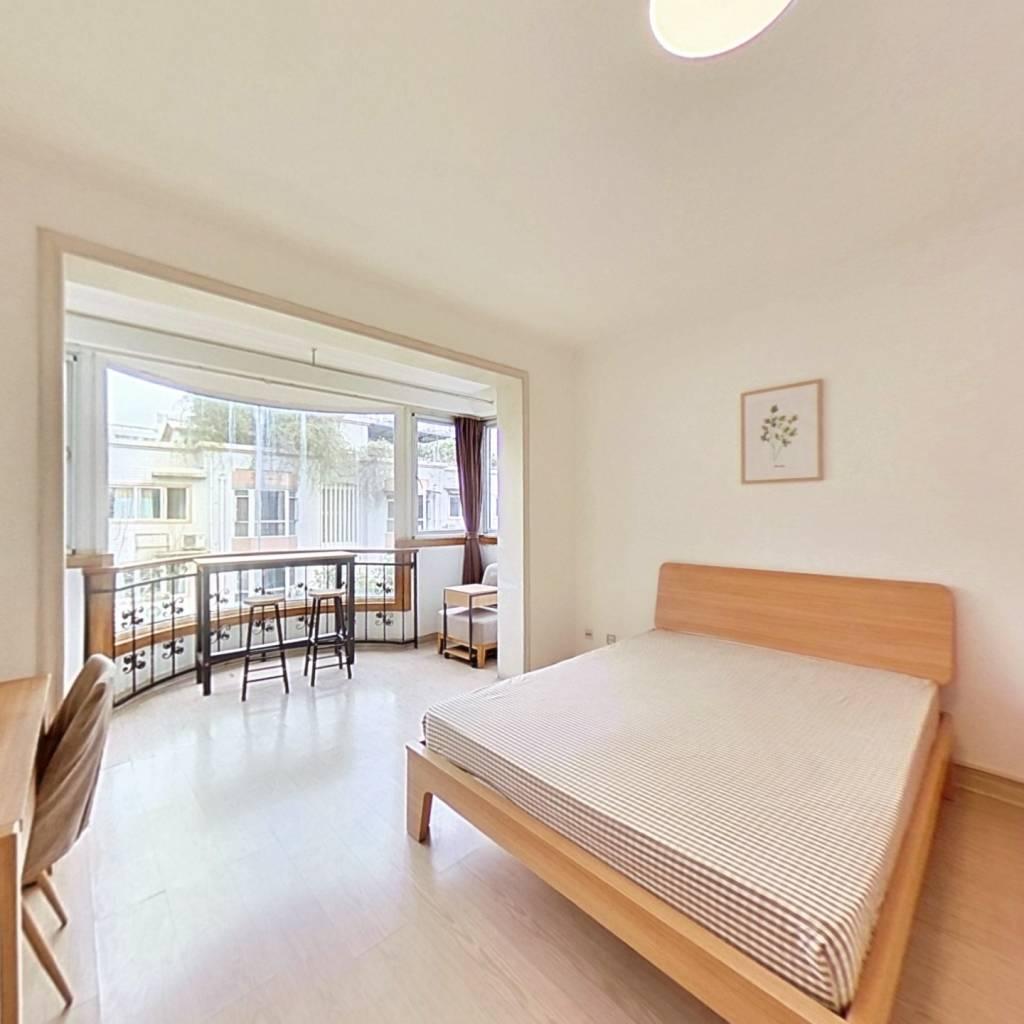合租·长城园 4室1厅 北卧室图