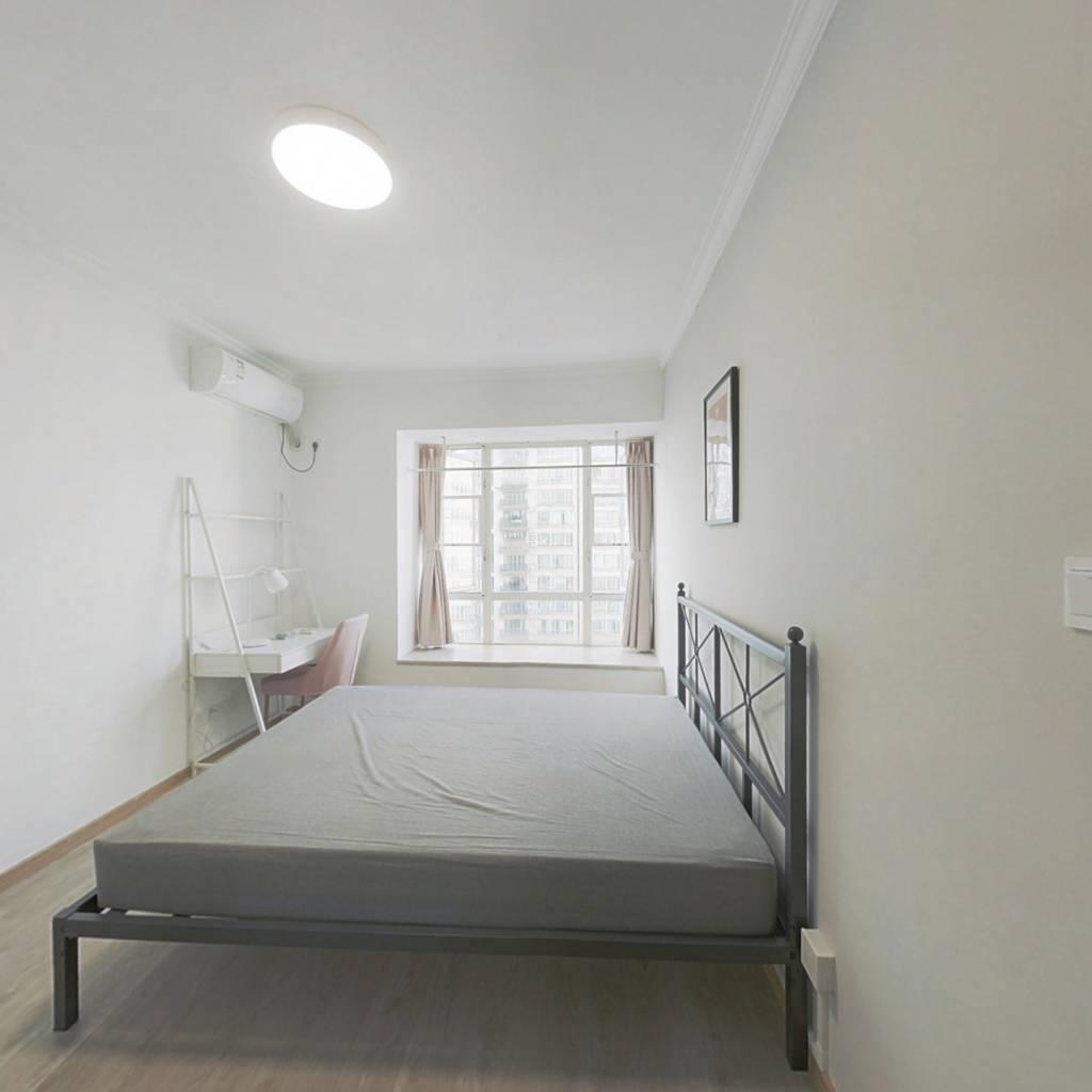 合租·富力顺意花园 4室1厅 西卧室图