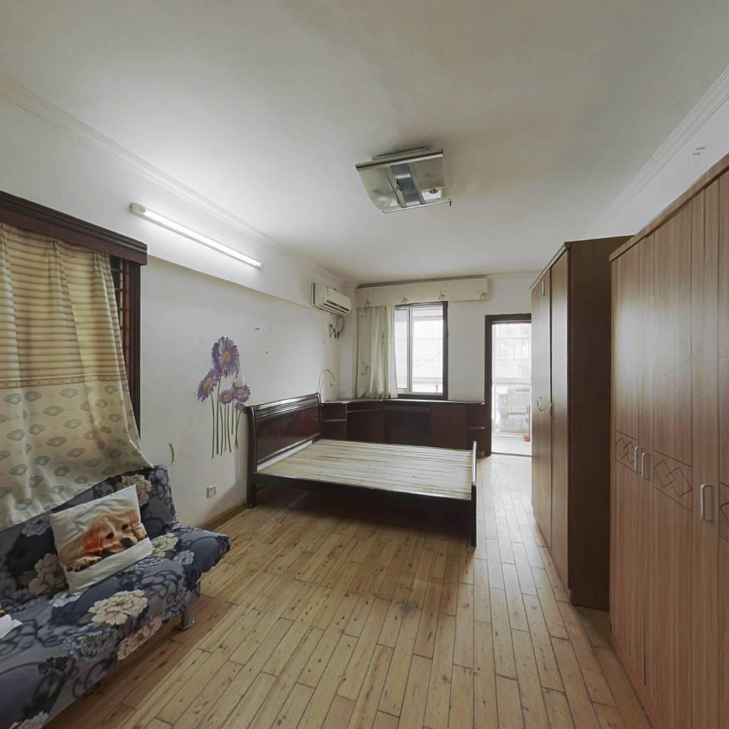 恒安新城 1室1厅 东南