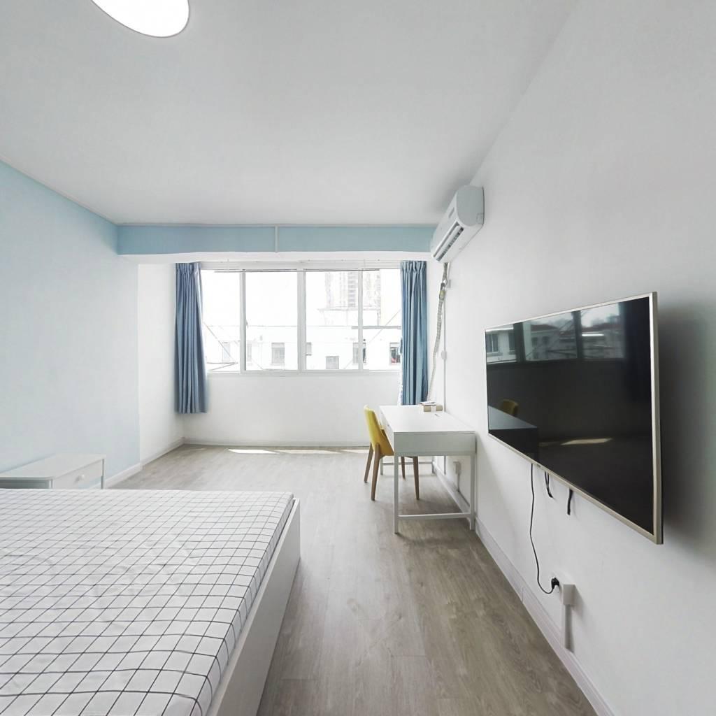 整租·新宜小区 1室1厅 南卧室图