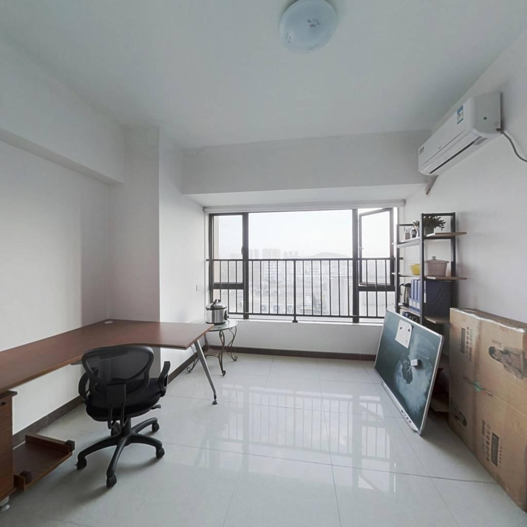 佰汇广场 电梯公寓 ,诚意出售